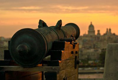cuban gun show cannon ceremony