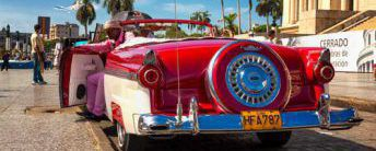 Classic-Ford-in-Havana