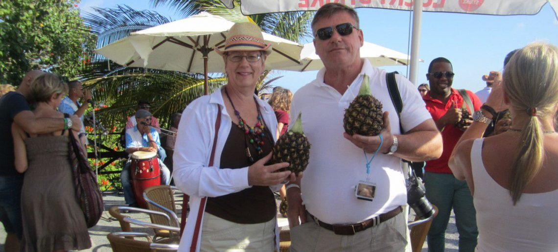 Clients from Canada having their Pina Colada