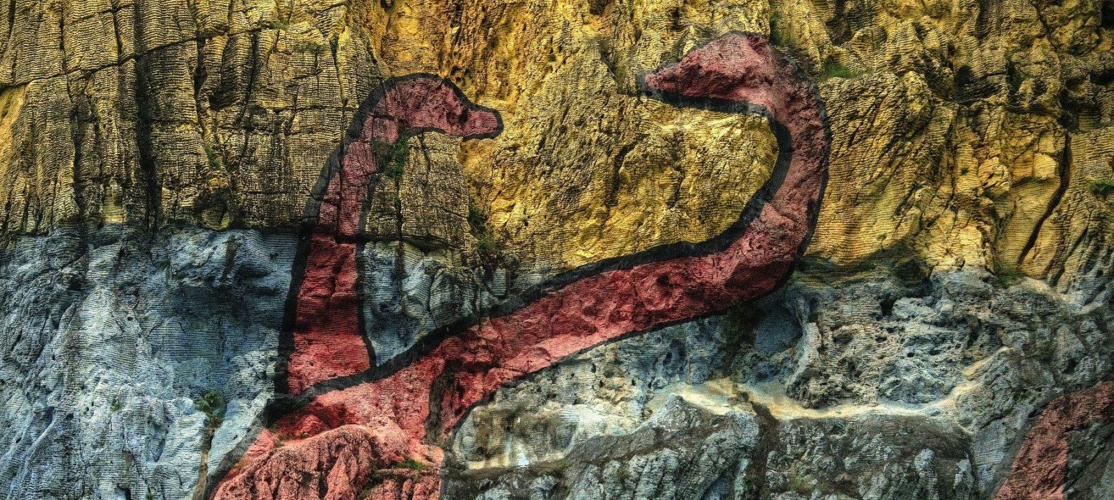 Prehistory-mural-in-Vinales