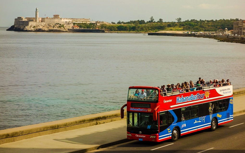 Havana hop-on hop-off bus